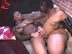 Ebony slut got cum splashed in orgy
